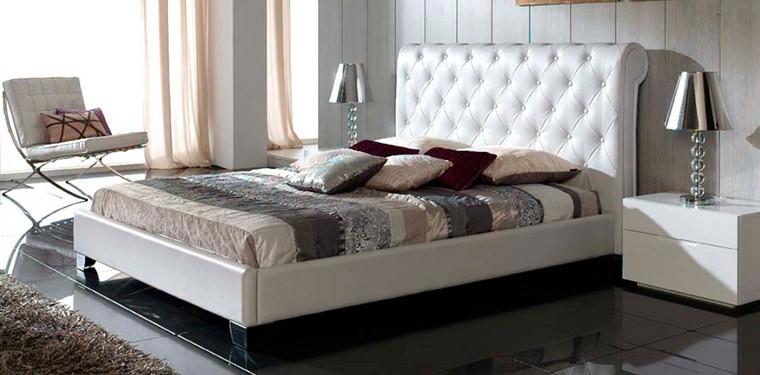 Camas de matrimonio baratas con estilo for Dormitorio matrimonio cama canape