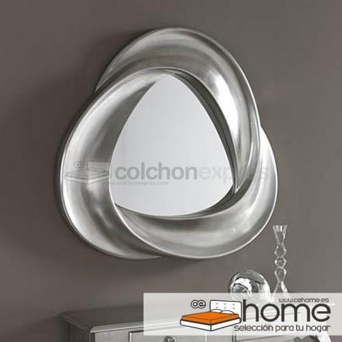 Espejo modelo TriFlor con marco de madera Silver